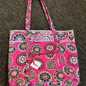 Vera Bradley tote - Perfect for a teacher bag!
